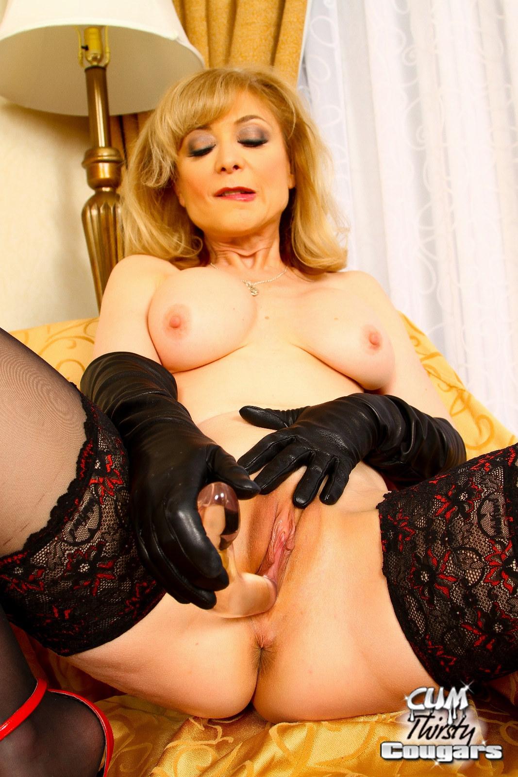 Nina Hartley Black Threesome